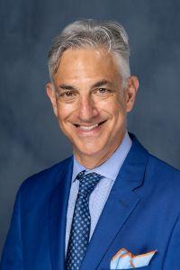 headshot of Mark Bleiweis